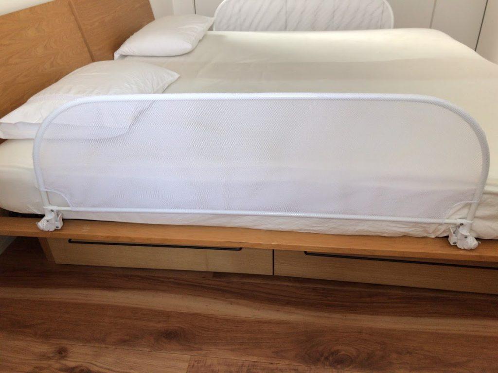 ベッドからの落下防止